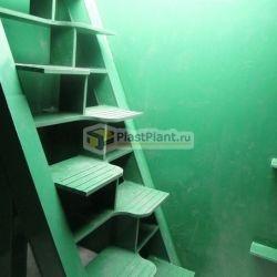 Пластиковая лестница в Alta Pogreb
